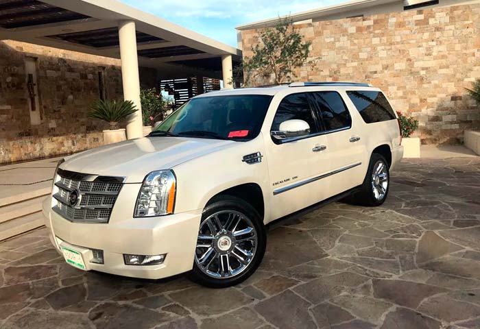 Escalade airport transfer in Los Cabos