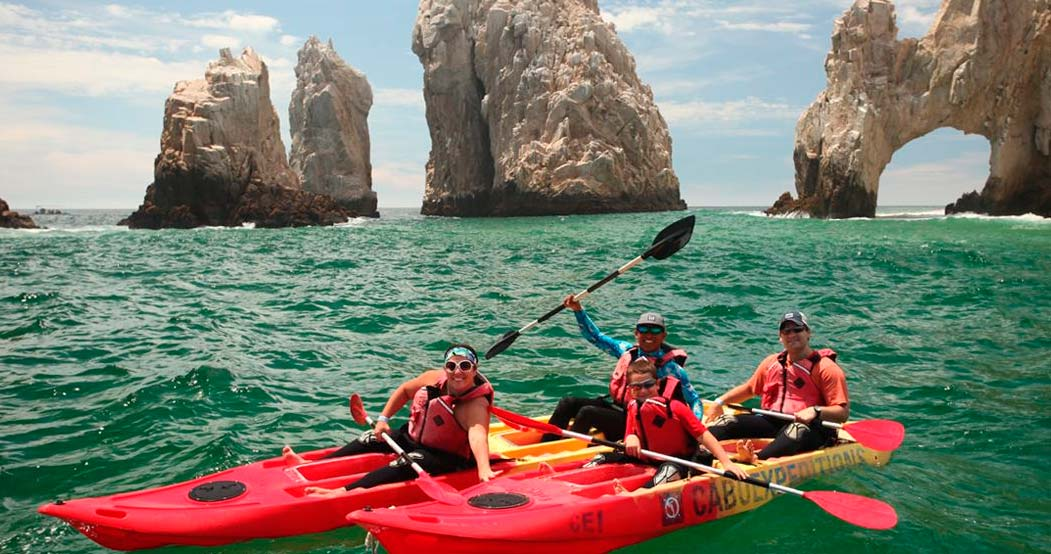 Land's End kayak & Snorkel Tour in Cabo San Lucas
